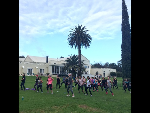 Piloxing on the lawns in front of Cascade Country Manor